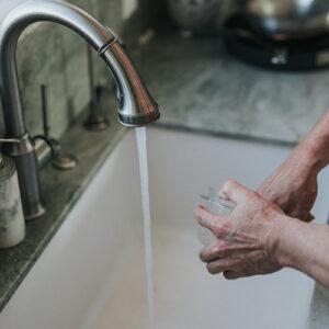 Handen wassen en drogen